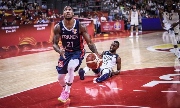 Phế truất nhà vô địch, Pháp hiên ngang tiến vào bán kết FIBA World Cup 2019 - Ảnh 1.