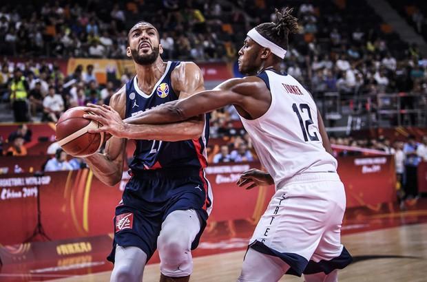 Phế truất nhà vô địch, Pháp hiên ngang tiến vào bán kết FIBA World Cup 2019 - Ảnh 2.