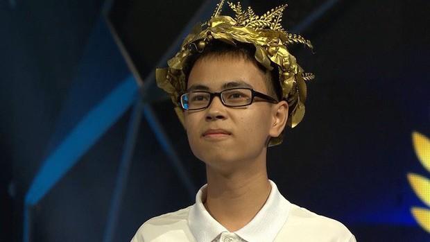 Điểm mặt 4 thí sinh chung kết Olympia 2019: Đều học trường Chuyên, người nắm giữ nhiều kỷ lục, kẻ chuyên gia lật ngược tình thế! - Ảnh 1.