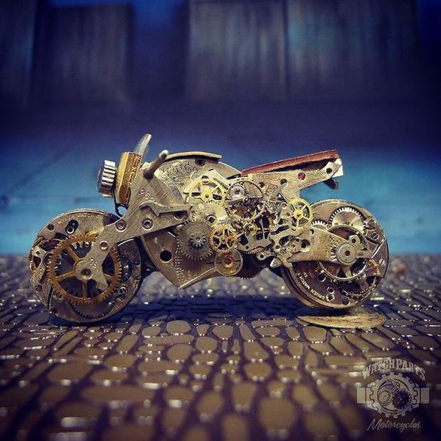 Không nỡ vứt mảnh đồng hồ cũ, chàng trai bèn độ nó thành loạt tác phẩm nghệ thuật đẹp mê hồn - Ảnh 11.