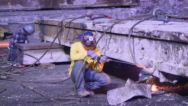 Mua đĩa giảm giá, phát hiện 2.400 bức ảnh chưa từng thấy về hiện trường vụ 11/9 - Ảnh 12.