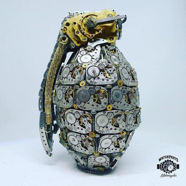 Không nỡ vứt mảnh đồng hồ cũ, chàng trai bèn độ nó thành loạt tác phẩm nghệ thuật đẹp mê hồn - Ảnh 18.