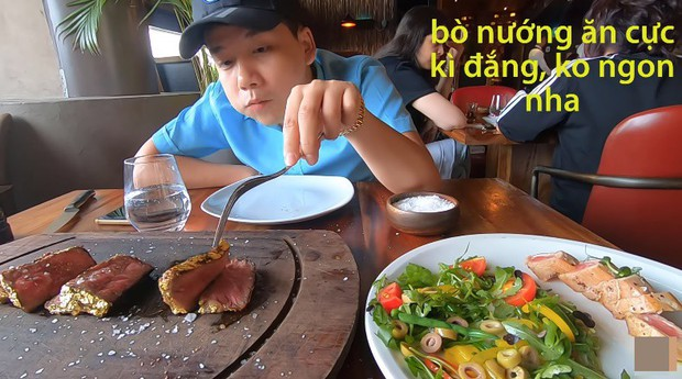 Khoa Pug chi tiền ăn món bò dát vàng của thánh rắc muối: Bít tết nướng cháy ăn đắng ngắt, thua xa cách làm của nhà hàng Việt - Ảnh 6.