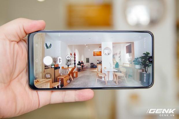 Sang chảnh hút mắt với Galaxy A50s: Thiết kế độc đáo, vân tay dưới màn hình, 3 camera mà giá chỉ 7.8 triệu - Ảnh 10.