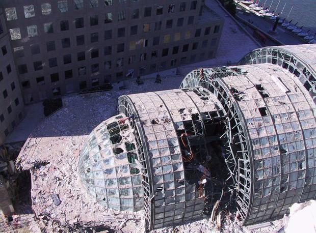 Mua đĩa giảm giá, phát hiện 2.400 bức ảnh chưa từng thấy về hiện trường vụ 11/9 - Ảnh 10.