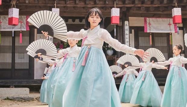 """""""Tiểu Sử Chàng Nok Du"""" liệu có là bước ngoặt sự nghiệp của nữ thần học đường Kim So Hyun? - Ảnh 8."""