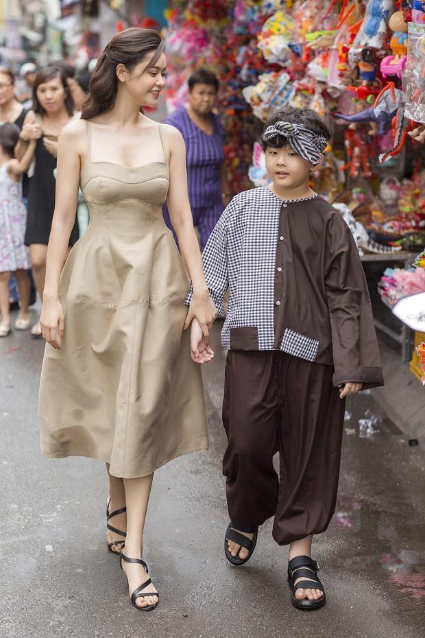 Trương Quỳnh Anh hạnh phúc đón Trung thu cùng con trai Sushi sau mọi ồn ào hậu ly hôn, tiết lộ tính cách đặc biệt của bé - Ảnh 1.