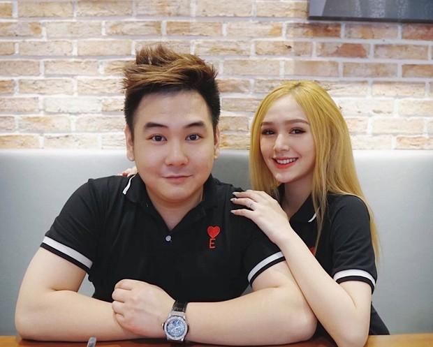 Bạn gái kém 13 tuổi của Xemesis - streamer giàu nhất Việt Nam khoe nhẫn đính hôn, lại sắp có đám cưới to to để hóng rồi! - Ảnh 3.