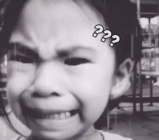 Cậu anh trai quay clip dụ em gái cười trong nước mắt để được nghỉ học: Sau khi dụ dỗ thì mình vẫn... đưa nó vào lớp! - Ảnh 2.