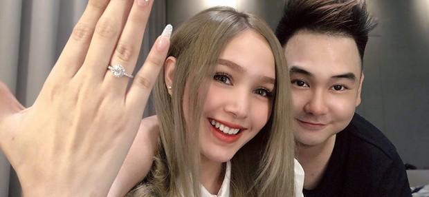 Bạn gái kém 13 tuổi của Xemesis - streamer giàu nhất Việt Nam khoe nhẫn đính hôn, lại sắp có đám cưới to to để hóng rồi! - Ảnh 2.