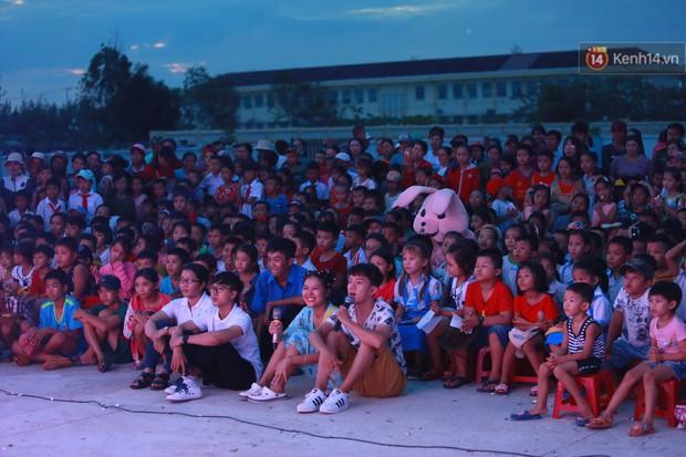 Những người trẻ mang trăng rằm trung thu đến với trẻ em dân tộc - Ảnh 9.