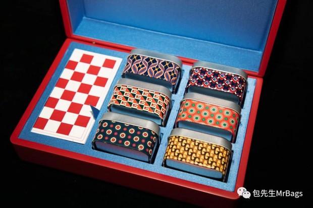 Ngắm tận mắt hộp bánh Trung thu của các nhà mốt nổi tiếng thế giới, ăn vào cũng thấy sang hết cả người - Ảnh 6.