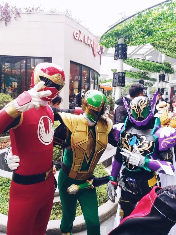 Xuất hiện màn cosplay biệt đội Avengers cực chất ở buổi chào tân sinh viên của Học viện Chính sách và Phát triển - Ảnh 8.