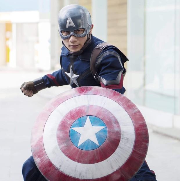 Xuất hiện màn cosplay biệt đội Avengers cực chất ở buổi chào tân sinh viên của Học viện Chính sách và Phát triển - Ảnh 7.