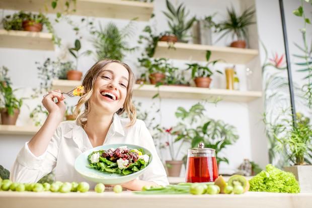 Thời điểm giao mùa khiến làn da trở nên xấu hơn, thử áp dụng ngay chế độ ăn Eat Clean để xem hiệu quả bất ngờ - Ảnh 3.