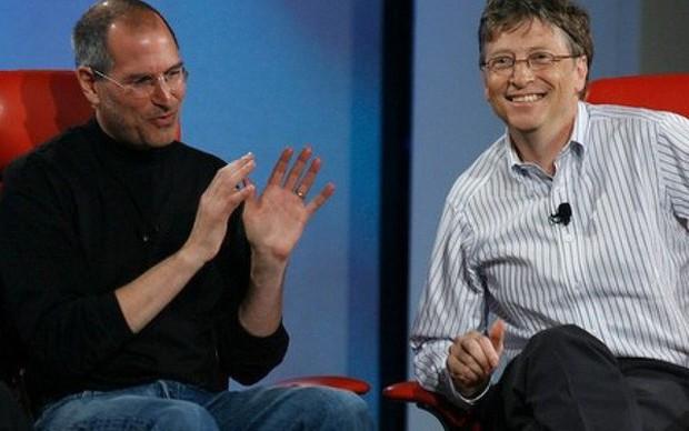 Bill Gates 'có cả thế giới' nhưng lại không có được một phẩm chất kỳ diệu của Steve Jobs mà ông ngưỡng mộ và ghen tị - Ảnh 1.