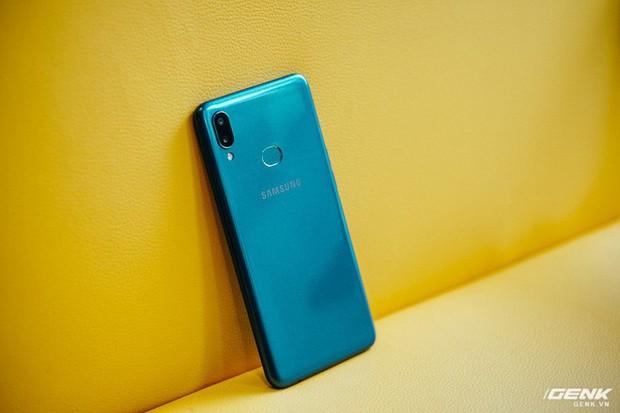 Chiếc smartphone giá dưới 4 triệu này chính là vũ khí giúp Samsung đánh bật người Trung Quốc - Ảnh 4.