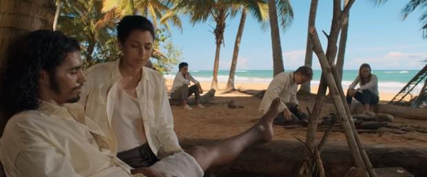 Review Hòn Đảo Bí Ẩn: Đấu Trường Sinh Tử phiên bản ngoài khơi, phim coi nhanh đến mức nín thở hồi hộp! - Ảnh 2.