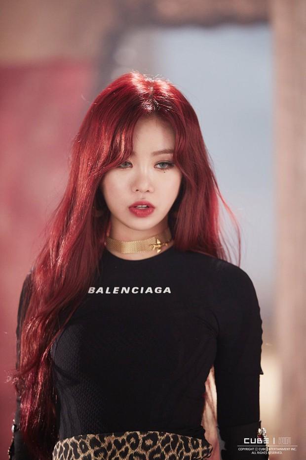 Idol Hàn khi makeup theo style ma cà rồng: ai cũng hút hồn nhưng đỉnh nhất vẫn là bộ 3 visual Tzuyu - Jisoo - Irene - Ảnh 5.