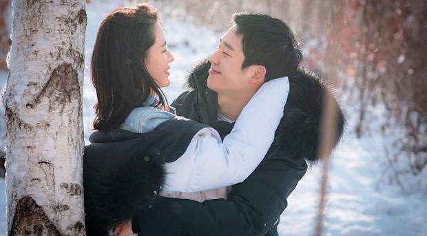 6 chàng phi công điển trai trên phim Hàn: Quản lý Goo (Hotel Del Luna) vẫn chưa cưng bằng trai trẻ của Chị Đẹp? - Ảnh 7.
