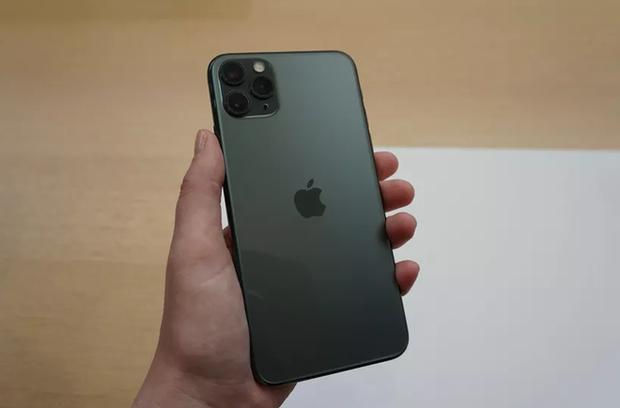 Dân mạng Trung Quốc thi nhau dìm hàng iPhone mới, nhưng lại thích màu Xanh bóng đêm, tuy vậy 70% không mua - Ảnh 5.
