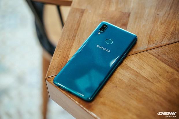 Chiếc smartphone giá dưới 4 triệu này chính là vũ khí giúp Samsung đánh bật người Trung Quốc - Ảnh 6.