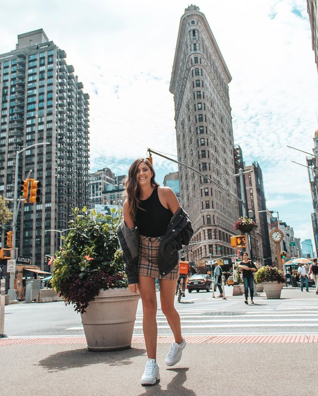 """Tòa nhà mỏng nhất thế giới trở thành background sống ảo """"ngàn vàng"""" ở New York, hình check-in lúc nào cũng ngập tràn Instagram! - Ảnh 3."""