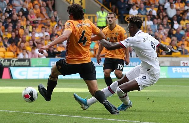 3 tài năng trẻ ghi toàn bộ 5 bàn thắng, Chelsea nghiền nát đối thủ chuyên diệt đại gia ở Ngoại hạng Anh - Ảnh 4.
