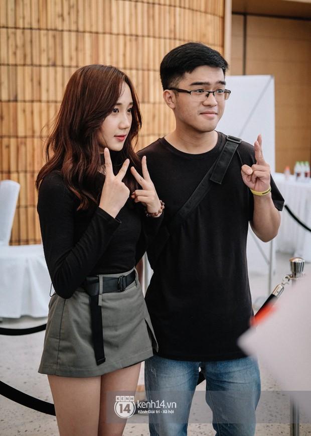 Ngắm trọn bộ nhan sắc xinh đẹp, dễ thương của cô giáo Mina Young trong ngày chung kết VCS mùa Hè - Ảnh 8.