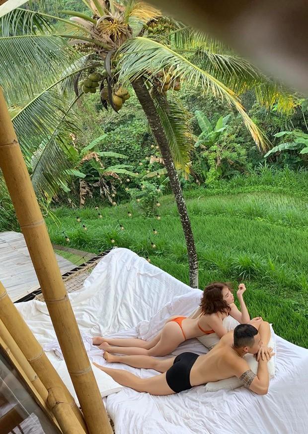 Ngọc Trinh lại gây sốc với khoảnh khắc diện bikini nhỏ xíu, che như không che vòng 1 tiếp nối seri đi du lịch ở Bali - Ảnh 9.