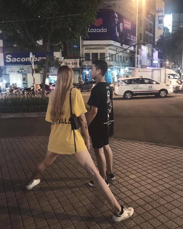 Bạn thân là con gái cao 1m83, chàng trai bất lực khi đứng cạnh trong một tấm hình - Ảnh 1.