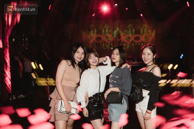 Ngắm loạt ảnh gái xinh kéo hội đi đu đưa lễ Trung thu, rich kid Tiên Nguyễn bất ngờ lọt ống kính - Ảnh 15.