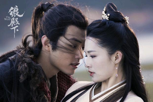 Tiêu Chiến và đàn chị Lý Thấm từng hẹn hò bí mật nhờ bén duyên trong 4 bộ phim? - Ảnh 2.