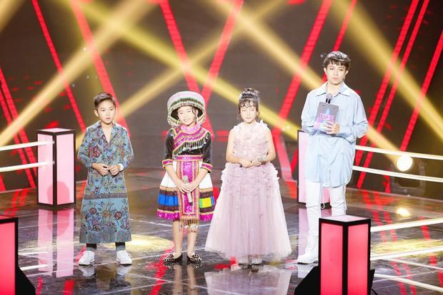 Giọng hát Việt nhí: Thần đồng Bolero Khánh An khiến các giám khảo tranh cãi nảy lửa về chuyện hát sao cho đúng - Ảnh 5.