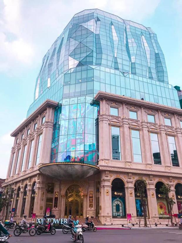"""Lộ diện tòa nhà kim cương """"siêu to khổng lồ"""" đang gây sốt giới trẻ Hà Nội: Lên ảnh lung linh nhưng bên ngoài thì thế nào? - Ảnh 3."""