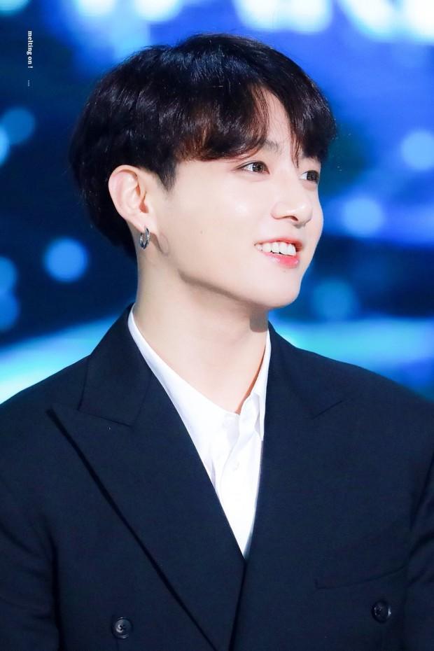 30 idol nam Kpop hot nhất hiện nay: Top 3 không lạ, ông bố trẻ nhất Kbiz gây tranh cãi vì bỗng lọt giữa dàn nam thần - Ảnh 2.