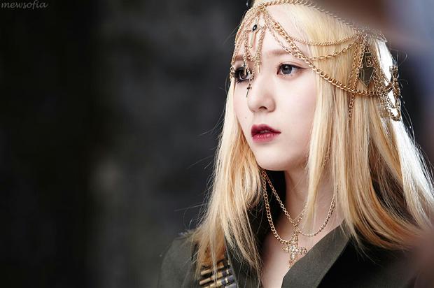 Idol Hàn khi makeup theo style ma cà rồng: ai cũng hút hồn nhưng đỉnh nhất vẫn là bộ 3 visual Tzuyu - Jisoo - Irene - Ảnh 1.