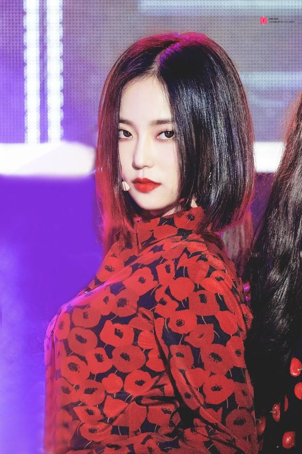 Idol Hàn khi makeup theo style ma cà rồng: ai cũng hút hồn nhưng đỉnh nhất vẫn là bộ 3 visual Tzuyu - Jisoo - Irene - Ảnh 6.