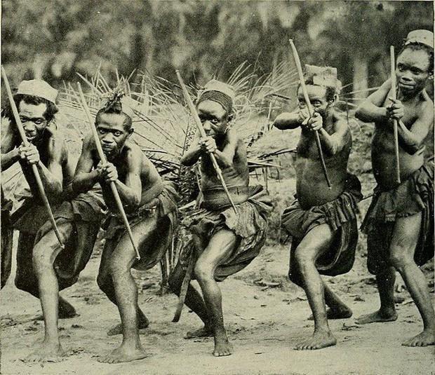 Thế giới thực sự tồn tại chủng người lùn như người hobbit tại Châu Phi - Ảnh 2.