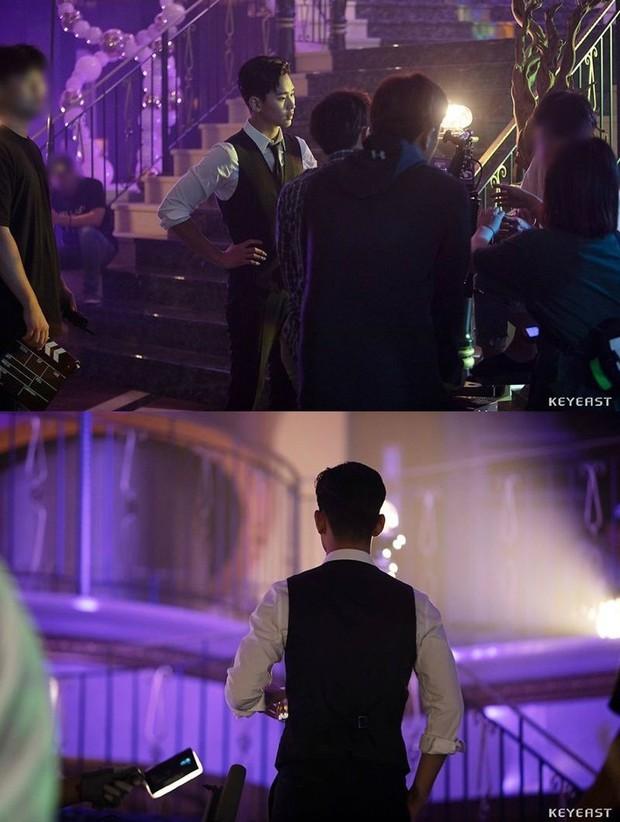 Kim Soo Hyun bùng nổ nhan sắc trong hậu trường Hotel Del Luna, cơn sốt hậu duệ của CEO IU đừng hòng có dịp nguội lạnh! - Ảnh 4.