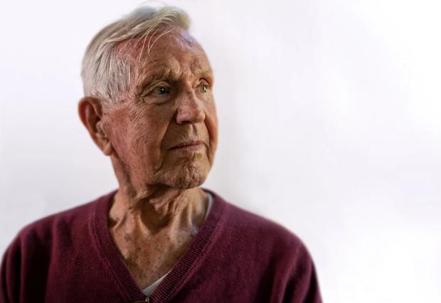 Nhiếp ảnh tôn vinh: Chụp chân dung những cựu chiến binh Thế chiến thứ 2 cuối cùng - Ảnh 2.