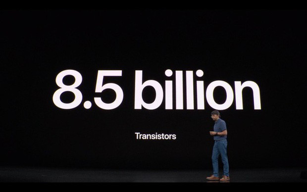 Bao lâu nay Apple đều ngó lơ các đối thủ khiêu chiến, tại sao nay lại lôi họ ra cà khịa trong sự kiện iPhone 11? - Ảnh 2.