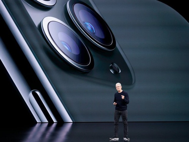 Đằng sau tên gọi Pro của những chiếc iPhone: Cơ hội trong mơ dành cho Samsung, Google và OPPO - Ảnh 3.