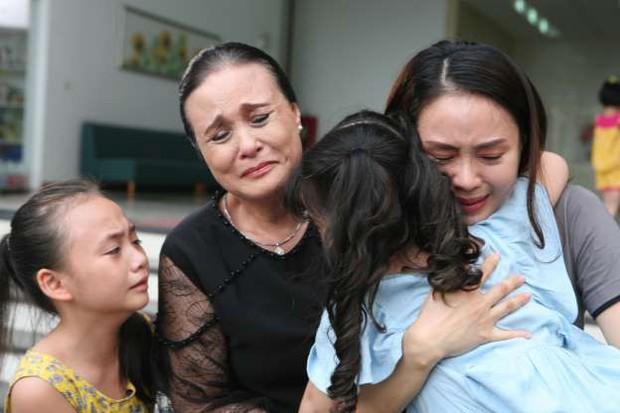"""""""Đôi bạn cùng khổ"""" Khuê - San (Hoa Hồng Trên Ngực Trái): Mỗi người một vẻ nhưng đều phát khóc vì nhà chồng - Ảnh 5."""