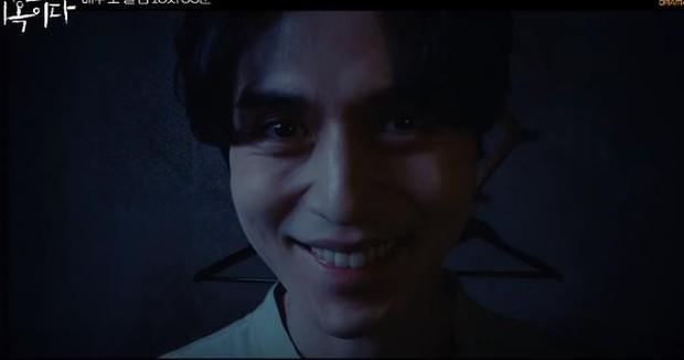 Hết tắm chung rồi nhìn nhau tình tứ, xem không kĩ cứ nghĩ Lee Dong Wook và Im Si Wan đóng đam mĩ ở Strangers From Hell? - Ảnh 4.