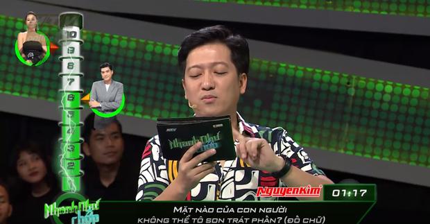 Nhanh như chớp: Trường Giang bị nghi cố tình đọc sai câu hỏi để Quang Đại không lấy được 20 triệu - Ảnh 6.
