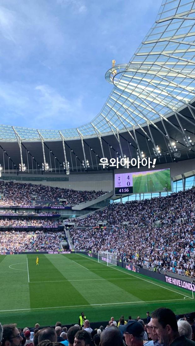 HOT: Nữ thần Jisoo (BLACKPINK) dính tin đồn hẹn hò cầu thủ đào hoa nhất xứ Hàn, lặn lội sang Anh chỉ để cỗ vũ? - Ảnh 2.