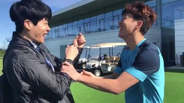 Cầu thủ dính tin hẹn hò Jisoo (BLACKPINK): Siêu giàu, thân với Park Seo Joon, từng hẹn hò 2 idol Kpop ngực khủng - Ảnh 9.