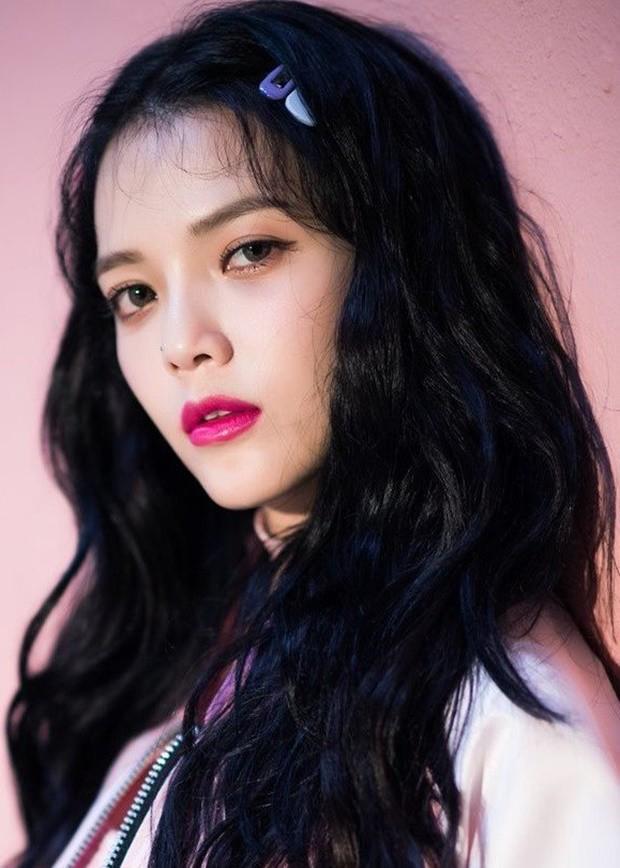 Top 30 nữ idol hot nhất hiện nay: BLACKPINK bỗng mất dạng, No.1 không bất ngờ bằng SNSD và Red Velvet - Ảnh 9.