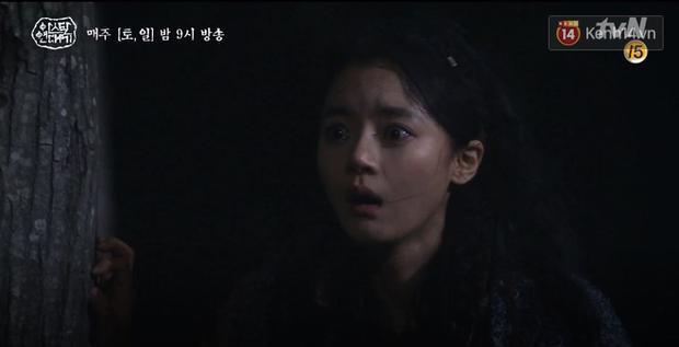 Arthdal Niên Sử Kí tập 15: Kinh hoàng với trận đại thảm sát, Kim Ji Won suýt chết thảm 3 lần nếu không có Song Joong Ki! - Ảnh 13.